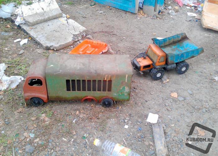 Репортаж: Дом забытых игрушек