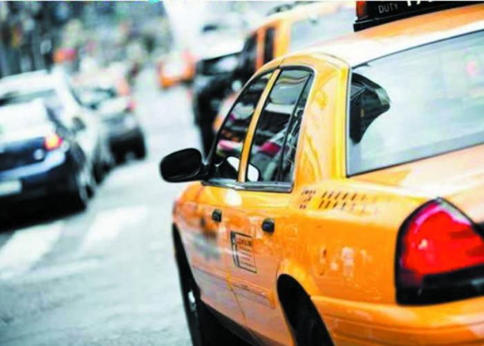 В Краснодаре появился список законных стоянок таксистов