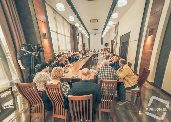 Прошёл круглый стол, организованный первым в Краснодарском крае Новороссийским крематорием