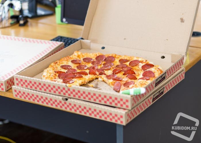 Пиццы, роллы и налетчик...