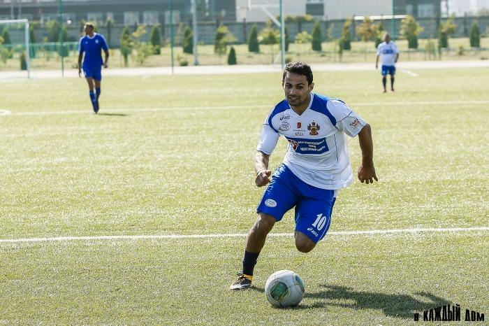 Команды Федерации спортивных журналистов и «Динамо» сыграли в Краснодаре футбольный матч